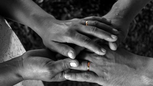 Cele 20 de întrebări care îţi pot salva căsnicia