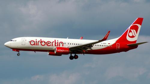 Atenție pentru cei care călătoresc cu AIR BERLIN! Compania germană întră în insolvență. Cancelarul Merkel nu l-a admonestat pe ministrul Transporturilor!