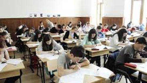 MEN: 39.435 de absolvenţi de liceu s-au înscris pentru a susţine examenul naţional de Bacalaureat în sesiunea august-septembrie