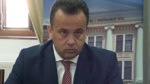 """Ministrul Educaţiei ŞOCHEAZĂ: """"Nu vor fi manuale în primele două luni de şcoală!"""""""