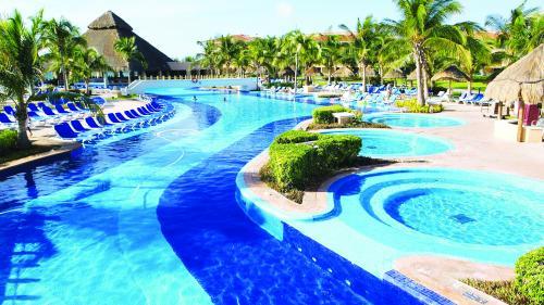 Destinația săptămânii.Cancun, descoperă cele mai frumoase plaje
