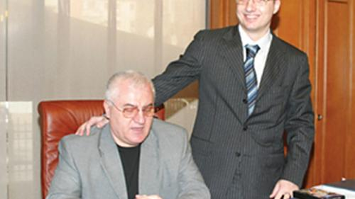 Cum îşi şterg urmele fostul iubit al Ioanei Băsescu și fiul lui Mitică Dragomir