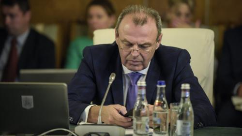 Şova nu-l vrea pe Stănescu la Poştă