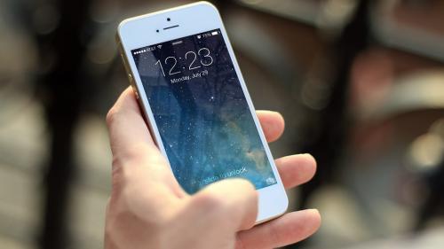 ANCOM: Sistemul de alertă va permite transmiterea simultană a unui SMS către toţi utilizatorii de telefoane mobile