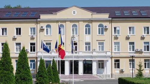Băsescu propune desfiinţarea Academiei de Ştiinţe ale Securităţii Naţionale (proiect)