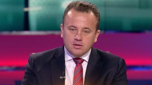 Liviu Pop: Baronii manualelor au anual, se vehiculează, undeva peste 100 de milioane euro