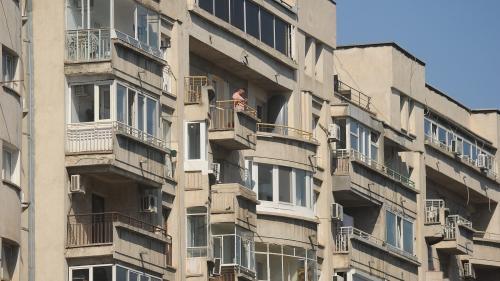 Renovarea fondului locativ costă 15 miliarde de euro