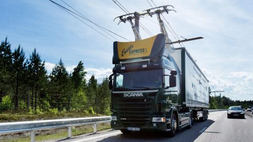Ce fac germanii.Autostradă pentru camioane electrice