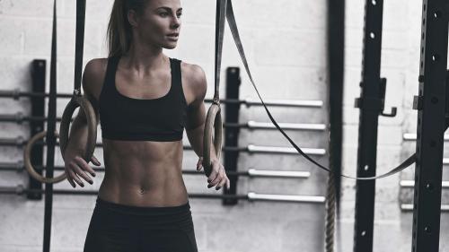 6 trucuri pentru un abdomen plat și frumos reliefat