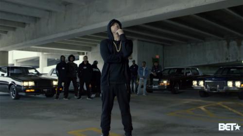 VIDEO - Eminem, critici free-style la adresa lui Trump, în timpul premiilor BET Hip Hop