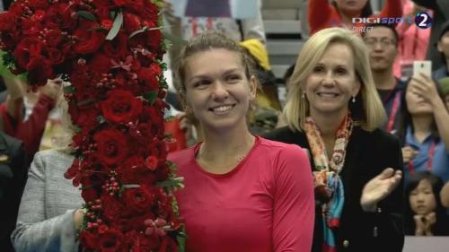 Cadou FABULOS primit de Simona Halep din partea WTA înaintea Turneului Campioanelor