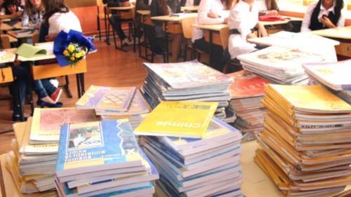Liviu Pop: Editurile vor livra în câteva zile manuale pentru clasa a V-a