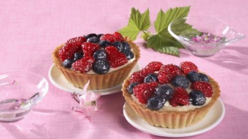 Rețeta zilei: Minitarte cu fructe de pădure