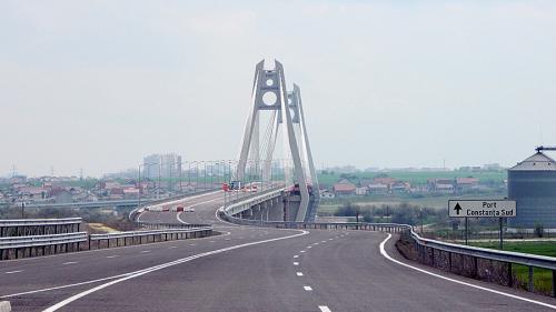 S-a stricat după doi ani! Noul pod de la Agigea, închis pentru reparaţii