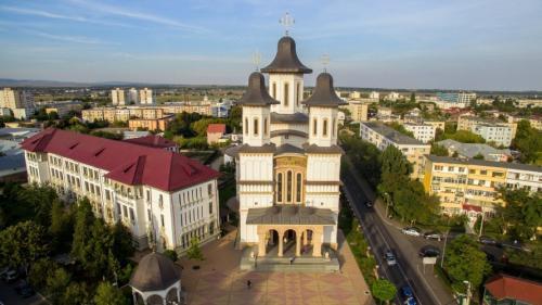 Hoții au călcat Catedrala Arhiepiscopala din Buzău