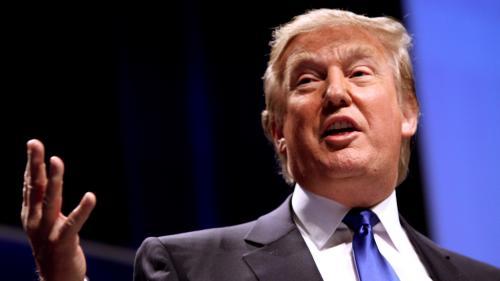 Acuzaţii de hărţuire sexuală aduse lui Donald Trump