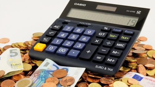 """Anxietate cauzată de finanţe. Cum te poţi """"vindeca"""""""