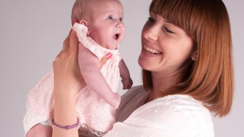 """Vârsta potrivită pentru a deveni mamă. S-ar putea ca """"mai târziu"""" să fie prea târziu. Sfatul medicului"""