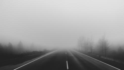Cod galben de ceață și vizibilitate redusă în 16 județe