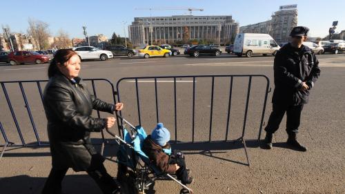 Fosţii premieri Dacian Cioloş şi Victor Ponta ar putea fi cercetați de DNA