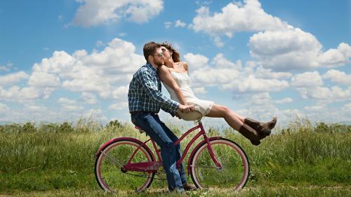 Care este diferenţa de vârstă ideală între parteneri pentru o relaţie fericită