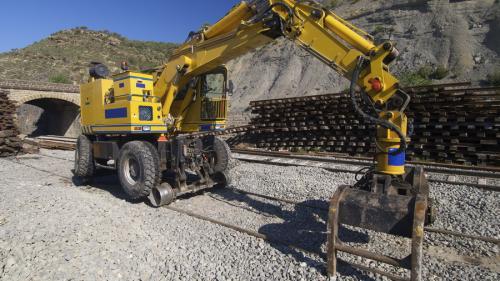 La CFR SA proiectele s-au scumpit cu peste 2 miliarde de euro într-un an