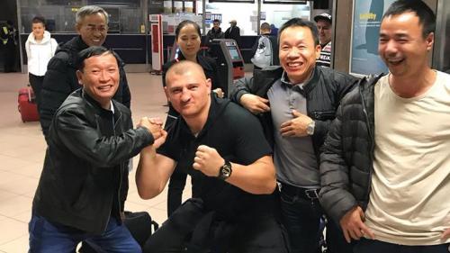 Cătălin Moroșanu și-a pierdut pașaportul în drum spre Vietnam