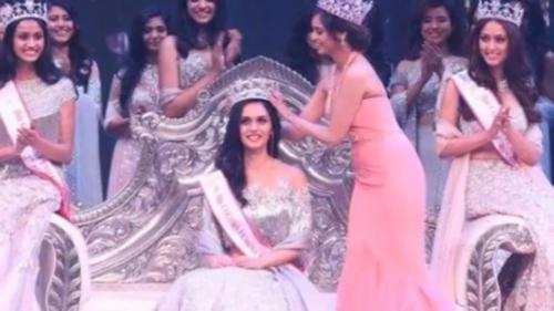 O studentă la medicină din India a câştigat titlul Miss Univers