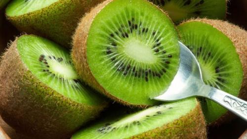 Beneficiile incredibile de sănătate ale fructelor de kiwi
