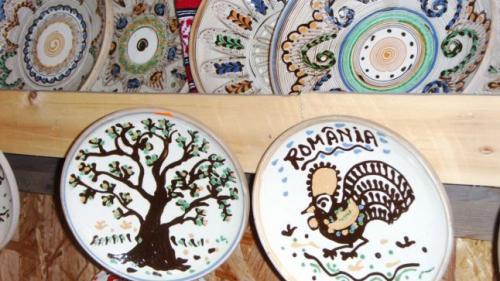 Artefactele tradiționale românești, prezentate printre brandurile de lux
