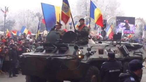 Paradă militară de Ziua Naţională la Alba Iulia, cu 1.200 de militari şi 120 de mijloace tehnice