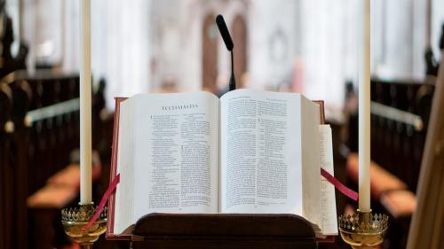Un bărbat s-a sinucis, după ce s-a spovedit. Preotul a păstrat secretul și l-a lăsat să-și pună capăt zilelor