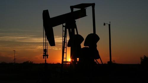 De ce creste pretul petrolului