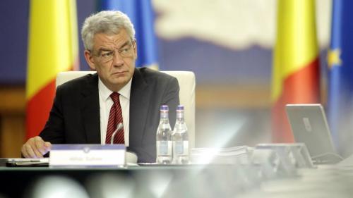 Moțiunea de cenzură: Mihai Tudose a declarat în timpul discursului că elevii au avut manualele de la începutul anului