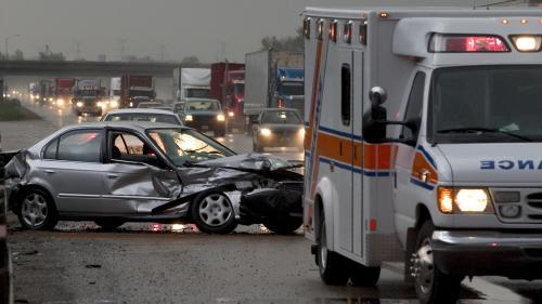 Noi reguli pentru siguranţa auto