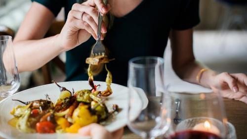 Nutriționiștii ne dau vești bune, putem mânca orice, dar cu o condiție