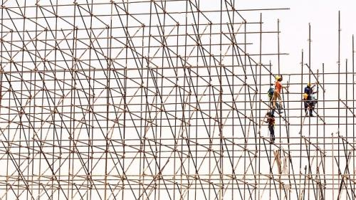 ARACO: 2017 ar putea fi cel mai slab an din istoria construcţiilor