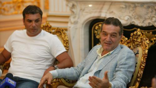 """Ce spune Gigi Becali despre venirea lui Olăroiu: """"Eu îi mulţumesc lui Dică"""""""