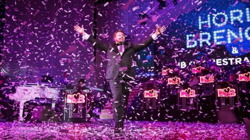 Horia Brenciu a încheiat spectacolele de Crăciun de la Sala Palatului în lacrimi și a mulțumit publicului pentru cei 25 de ani de carieră