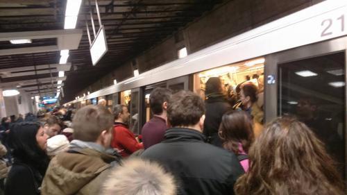 Ancheta JURNALUL. Paza de la metrou, asigurată de o companie cu zero angajați