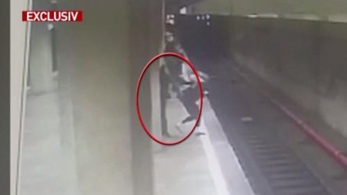 Poliția Capitalei explică ce s-a întâmplat în ziua crimei de la metrou