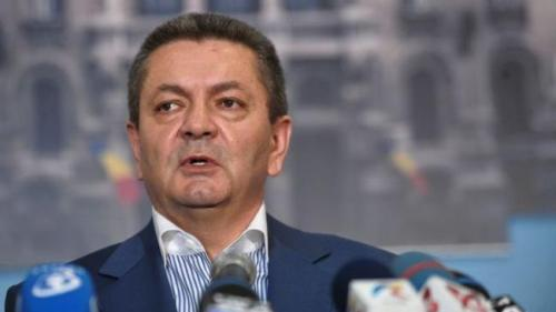 """Afacere de Crăciun marca """"Grupul de la Cluj"""": pușcăriașii, plimbați cu duba lui Ioan Rus"""