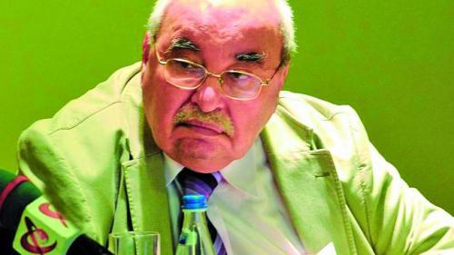 Prof. dr. Alexandru Oproiu: Ospeţele stropite cu mult vin aduc refluxul gastro esofagian