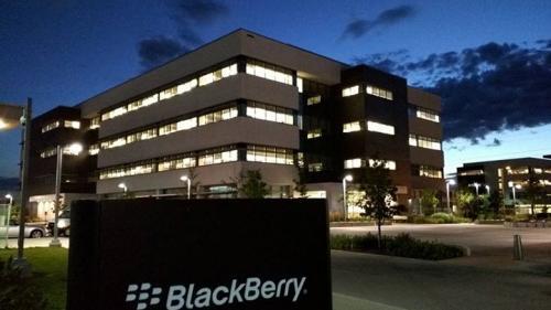 BlackBerry şi Baidu au încheiat un parteneriat în privinţa vehiculelor autonome