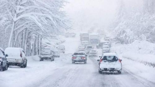 Alertă ANM pentru jumătate de ţară! Meteorologii spun că vor fi 24 de ore de ninsori abundente, viscol şi polei