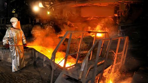PROTEST violent al siderurgiștilor gălățeni de la  ArcelorMittal