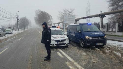 Autorităţile au închis oraşul Tulcea din cauza viscolui