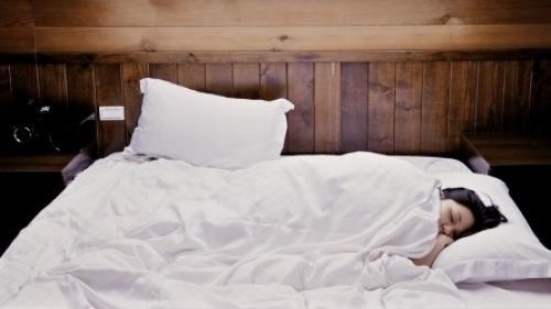 Cum scapi de insomnie. Este foarte simplu!