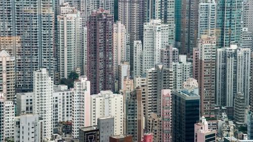 Hong Kong ramane cea mai scumpă piaţă de locuinţe din lume