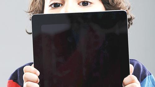 Copilul și televizorul. Recomandările pediatrilor americani